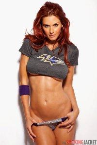 Hot Ravens Girl